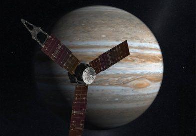 Güneş Sistemi'nin dev gezegeni